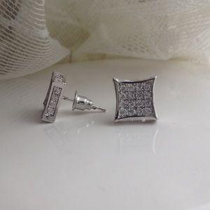 🎉SALE🎉NEW-UNISEX SLVR dipped CZ earrings.